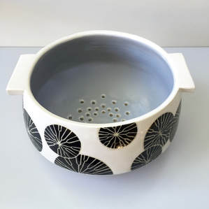 Holiday Event - Craft Show - Pottery - Julems Ceramics - Berry Rinser -Black Flower- Design