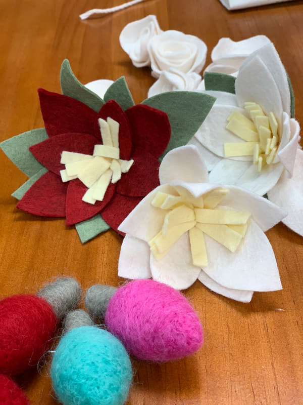 Wreath,  Maker,  Felt Artist , Erin Garcia, Feed The Fish Co , IHESF2019, SFetsy, Indie Holiday Emporium